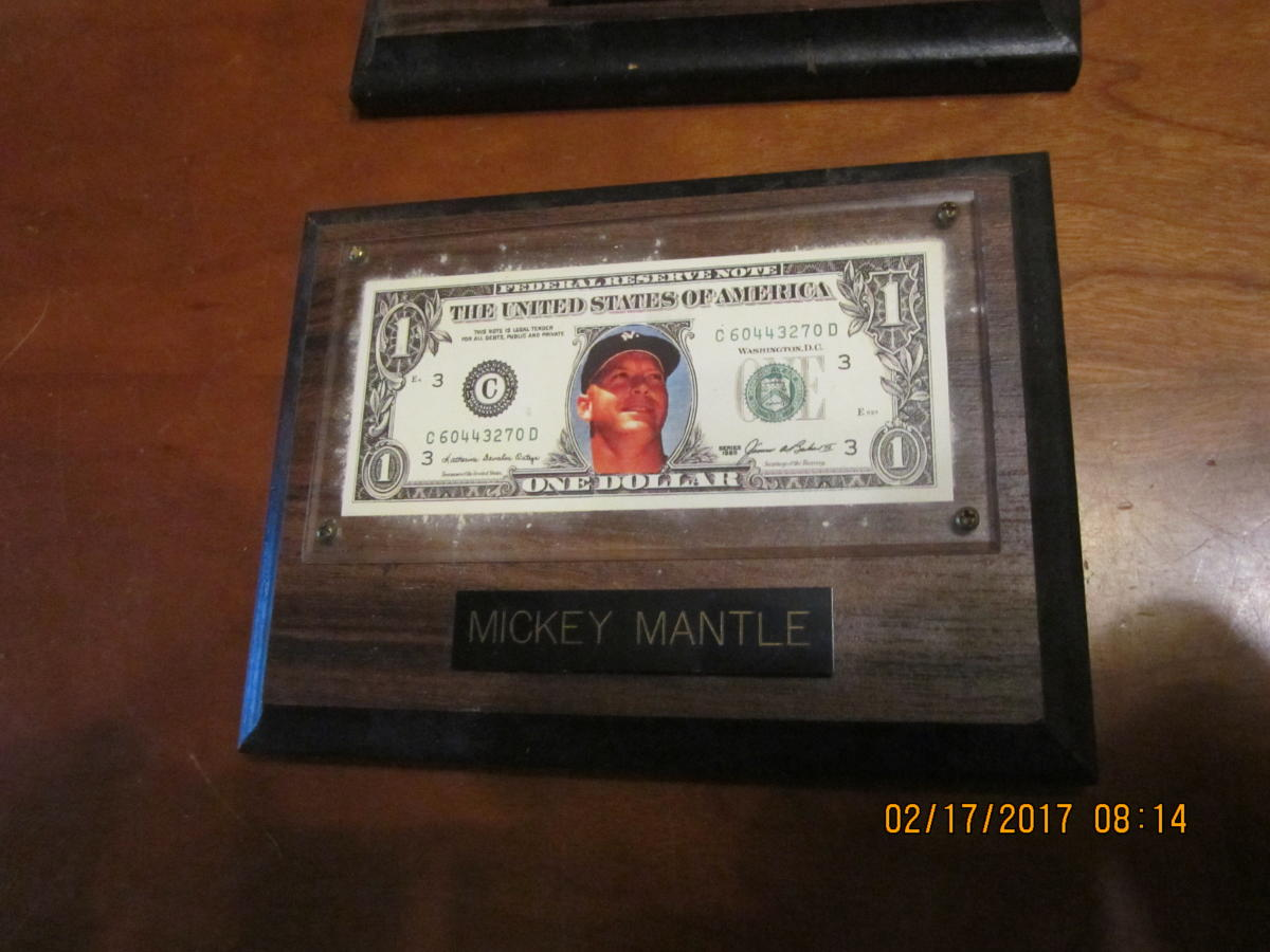 1995 Mickey Mantle Yankees One-Dollar Bill baseball plaque bxwatch