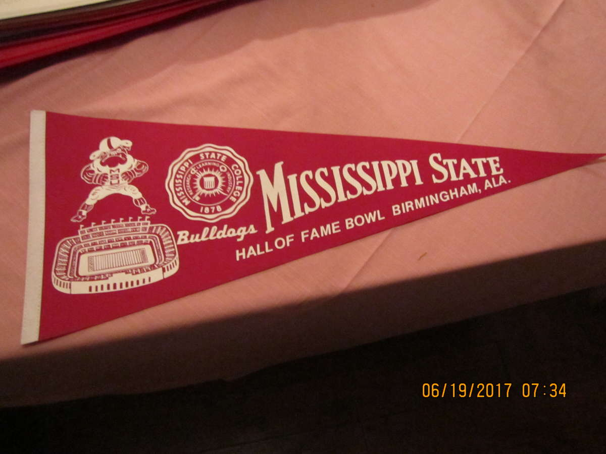 Mississippi State Hall of Fame Bowl Football pennant