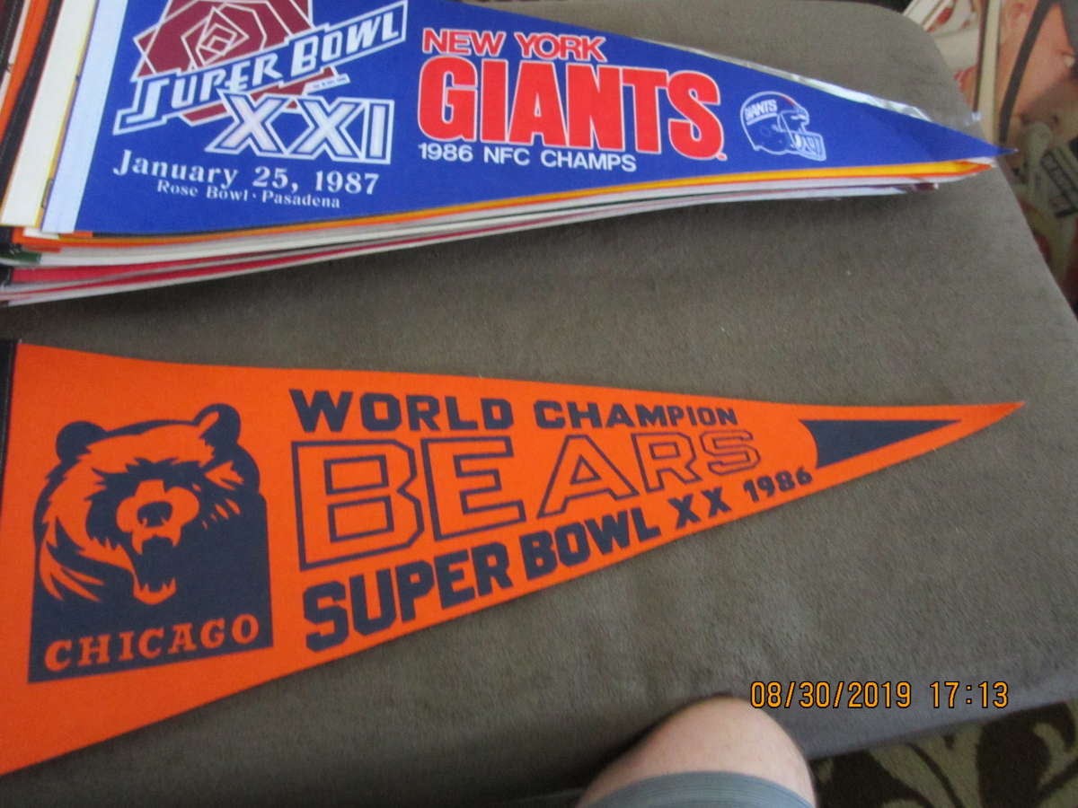 1986 Chicago Bears Superbowl XX World Champion pennant em