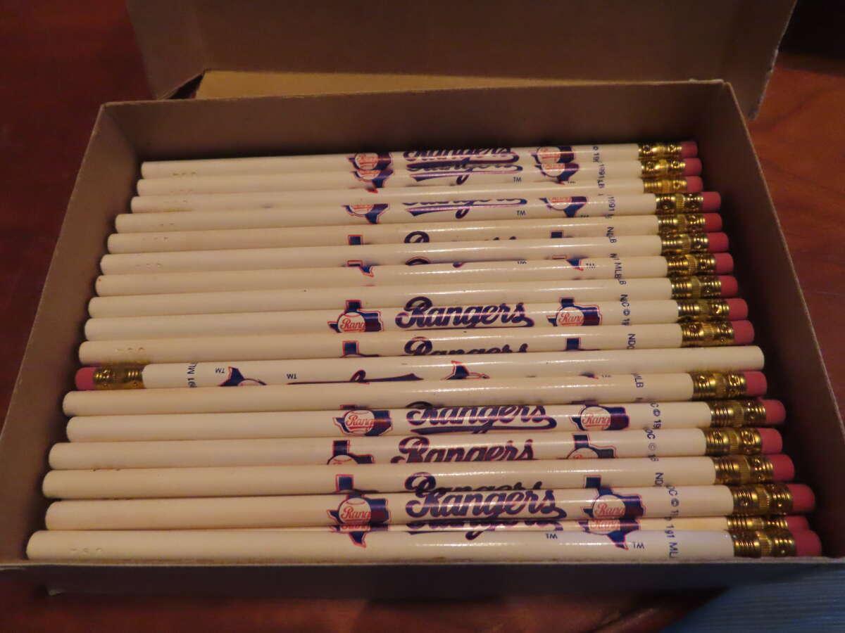 35 Texas Rangers 1991 baseball pencils
