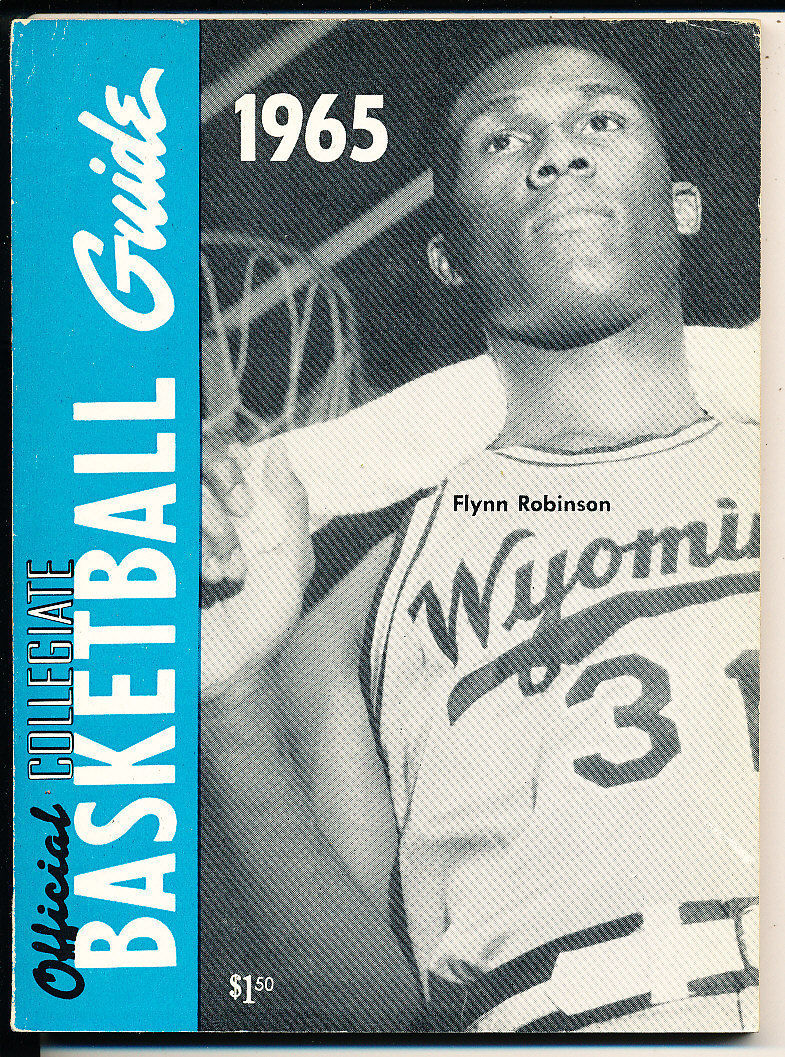 1965 Official collegiate NCAA Basketball Guide Flynn Robinson Wyoming
