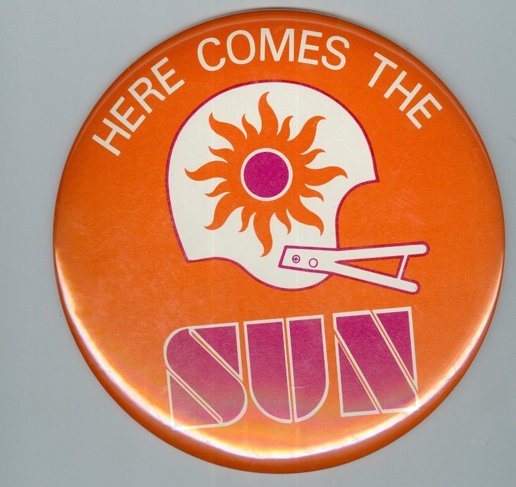 1975 WFL Football Button 6