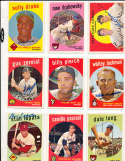Billy Pierce chicago White Sox #410  Signed 1959 topps baseball card SIGNED 1959 Topps baseball card