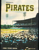 1966 Pittsburgh Pirates Baseball Yearbook Clemente em/nm