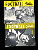 1970 Official NCAA Football Guide Chuck Dicus Arkansas NCAAFB1