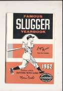 1962 Famous Slugger Yearbook nm Roger Maris bxg6