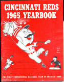 1965 Cincinnati Reds Baseball Yearbook em (rub wear)