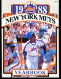 1988 new York Mets baseball yearbook em/nm