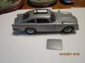 Danbury Mint James Bond 007 Aston Martin DB5 1:24