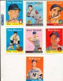 bob Grim Yankees #224 1958 Topps Signed card (only one listed) bin58
