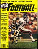 1977 Street and Smith's Pro Football Walter Payton  Bears nm bxpss