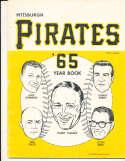 1964 Pittsburgh Pirates Baseball Yearbook vg (corner crease) v1