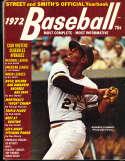 1972 Roberto Clemente Pirates Street Smith Baseball Yearbook ex v1