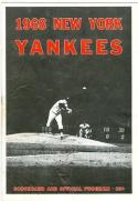 1968 New York Yankees vs Minnesota Twins Mickey Mantle 2 HR baseball Program