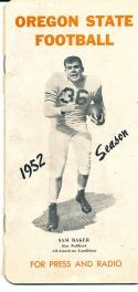 1952 Oregon State Football Press Guide em (spine) Sam Baker