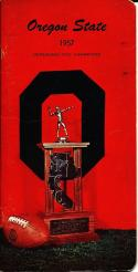1957 Oregon State Football Press Guide em