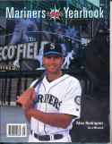 2000 Seattle Mariners Yearbook in nm