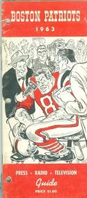 1963 Boston Patriots AFL Press Media Guide em (binder punched)