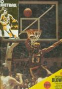 1972 Wilt Chamberlain unopen sports action arena card nrmt