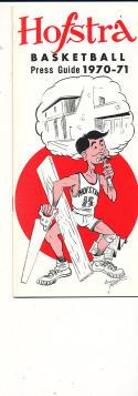 1970 - 1971 Hofstra University Basketball press Media guide bx70