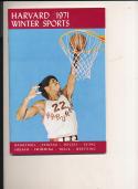 1970 - 1971 Harvard University Basketball Hockey press Media guide bx70