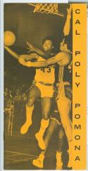 1970 -71 Cal Poly Pomona basketball media guide nm -Bx70