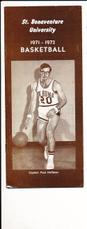 1971 - 1972 St. Bonaventure Basketball press Media guide