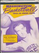 Washington 1952 - 1953 Basketball press Media guide  bxpac10