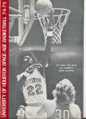 1974 - 1975 Houston university Basketball press Media guide bx74
